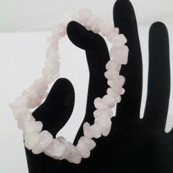 Bratara elastica realizata din chipsuri de cuart roz