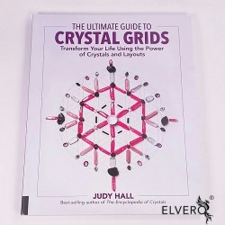 The Ultimate Guide to Crystal Grids: Transform Your Life Using the Power of Crystals and Layouts, Paperback, by Judy Hall