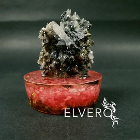 Eșantion unicat din calcit, cuart alb, pirită si sfalerit pe suport orgonic din cuart roz, alamă si rașină