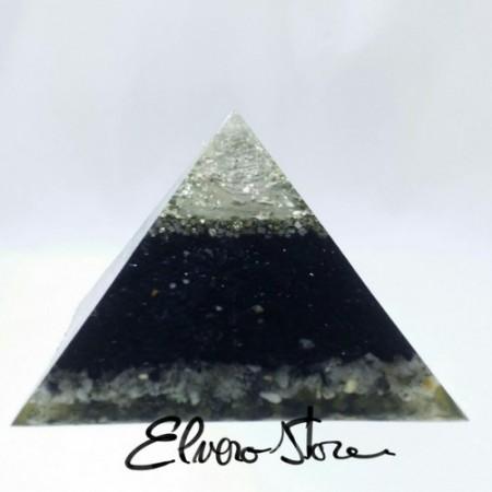 Piramida orgonica mare, foita din argint, bagheta de cuart alb, turmalina mare, cuart turmalinat