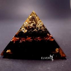 Piramida cu argint, cuart si turmalina
