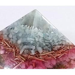 Piramida cu calcedonie si cuart roz