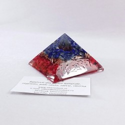 Piramida cu lapis lazuli, coral si cuart