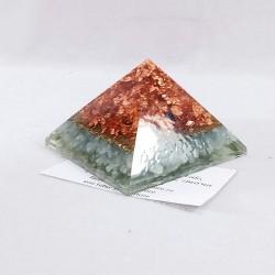 Piramida orgon cu calcedonie