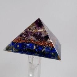 Ansamblu cristaloterapeutic realizat din baghetă de cristal de cuarț și piramidă și cilindru orgon